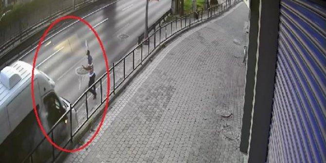 Kontrolden çıkan minibüsle arasında 1 saniye vardı: Ölüme çalım attı