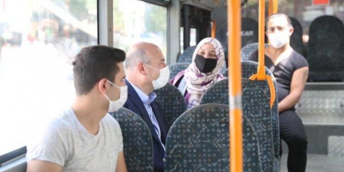 Süleyman Soylu halk otobüsüne bindi, vatandaşları virüse karşı uyardı