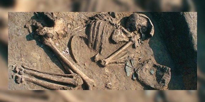 Bilim tarihine geçen olay: 6 bin 600 yıllık mezarda bakın ne bulundu