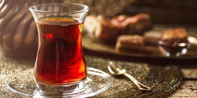 Sıcak çay içmek ömrü uzatıyor! Yemek sonrası çok bilinen o hatayı sakın yapmayın