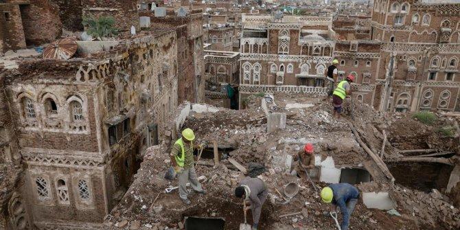Dünyanın 3000 yıllık kerpiç apartmanları yağmurdan eriyor