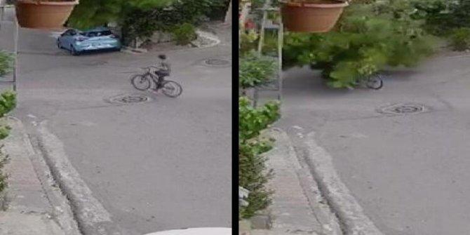 Üsküdar'da ağaç bisikletli çocuğun üstüne devrildi