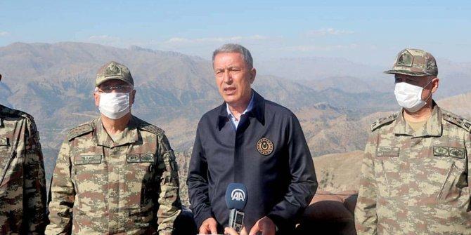 Bakan Akar'dan Yunanistan'a kritik çağrı