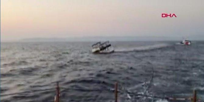 Yunan botu ateş açmış, 3 yaralıyı Türk Sahil Güvenlik ekipleri kurtarmıştı: O teknenin batış anı kamerada
