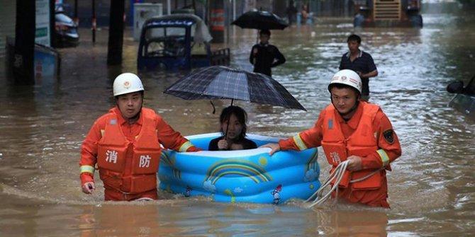 Çin'deki sellerde 200'den fazla kişi öldü ya da kayboldu