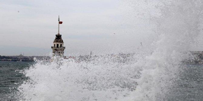Meteorolojiden İstanbul dahil 4 şehre uyarı!Sağnak yağış ve fırtına geliyor