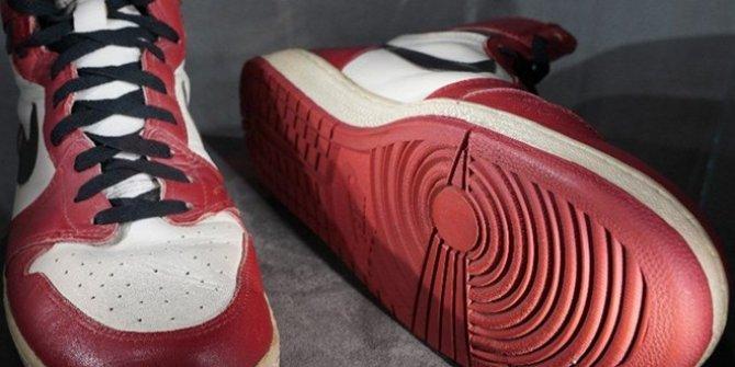 Satışı gerçekleştirildi: Bu ayakkabı 4,5 milyon lira