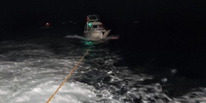 Sedef Adası açıklarında sürüklenen tekne son anda kurtarıldı