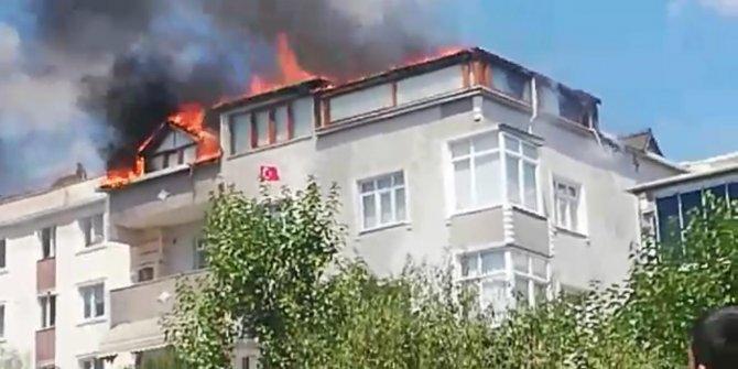 Tekirdağ'da çatı yangını korkuttu