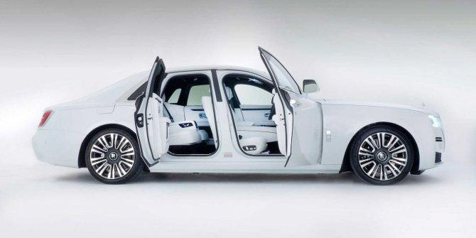 2021 Rolls-Royce Ghost resmen ortaya çıktı!