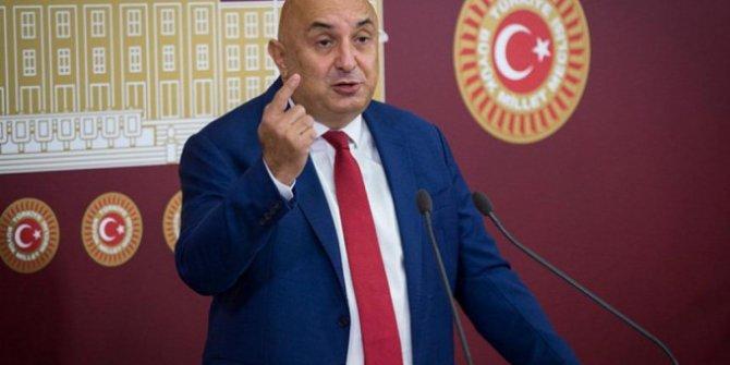 CHP'li Engin Özkoç'tan aşı tepkisi