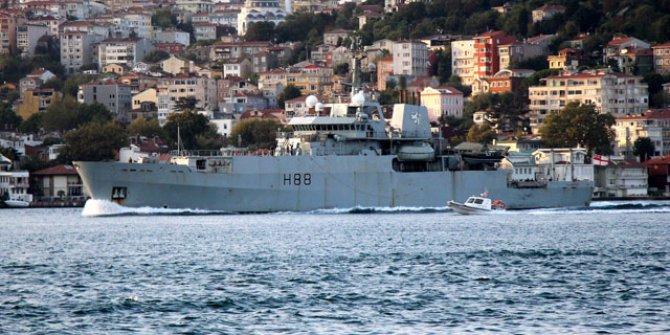 Kraliyet donanmasına ait, Boğaz'dan böyle geçti