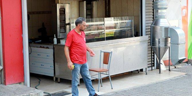 Burası Adana: 'Mayonez ister misiniz' sorusu sonrası 10 kişiyle dönerciyi bastı