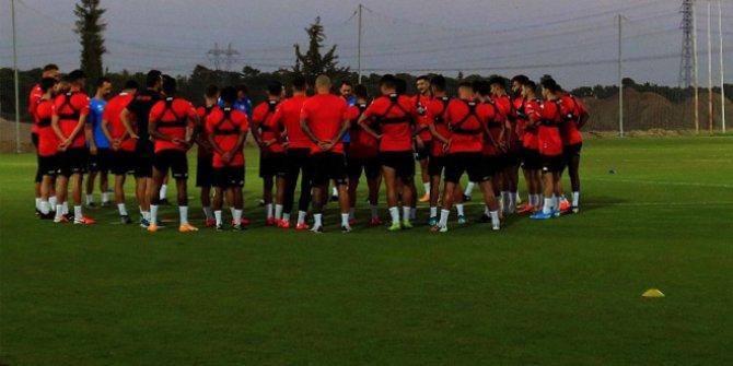 Antalyaspor'da korona şoku. Çok sayıda isimde çıktı, Beşiktaş maçına gelemediler