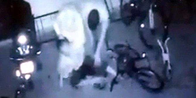 Karı-koca bir olup 10 yaşındaki çocuğu öldüresiye dövdü