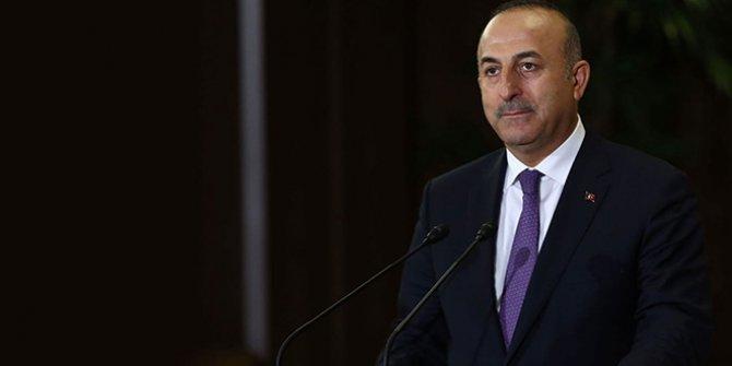 Bakan Çavuşoğlu'ndan Yunan gazetesindeki Erdoğan manşetine sert tepki