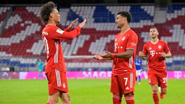 Bayern Münih evinde şov yaptı, Schalke'yi 8-0 yendi