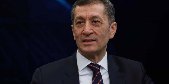 Okulların açılmasına bir gün kala Milli Eğitim Bakanı Ziya Selçuk'tan kritik açıklama: Çevrenizde görürseniz uyarın