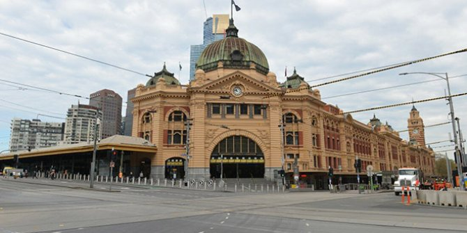 Dünyanın en yaşanılabilir şehri Melbourne, korona virüs sonrası hayalet şehre döndü