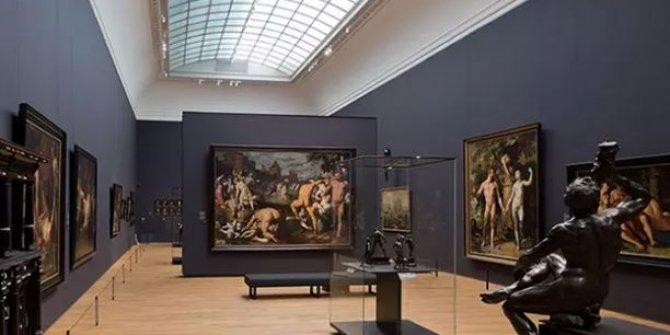 Adak için müzeye bağışladığı tabloyu torunu iyileşince geri istedi