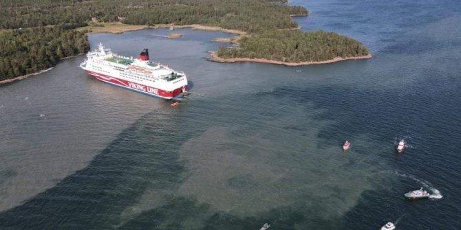 Dev yolcu gemisi Baltık Denizi'nde karaya oturdu: Binlerce kişi ölümle burun buruna geldi