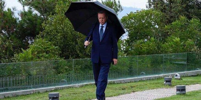 Cumhurbaşkanı Erdoğan paylaştı: Mesaiye devam
