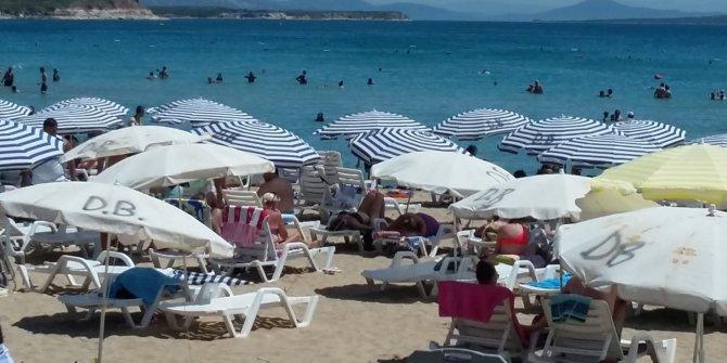 Yazın son günlerinde vatandaş plaja akın etti! Yüzde 100 doluluk oranına ulaşıldı