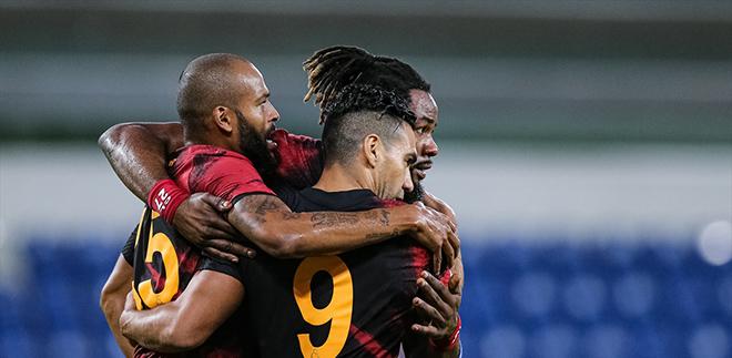 Galatasaray'dan Başakşakşehir'e karşı rahat galibiyet