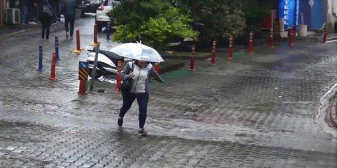 Gök gürültülü sağanak yağış geliyor! Meteoroloji'den 5 bölge için uyarı