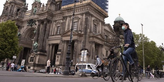 Almanya'da kamu çalışanları uyarı grevi başlatacak