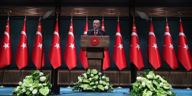 Kabine sonrası Erdoğan açıkladı. Depremzedeler için yapılan konutlar vatandaşlara taksitle satılacak