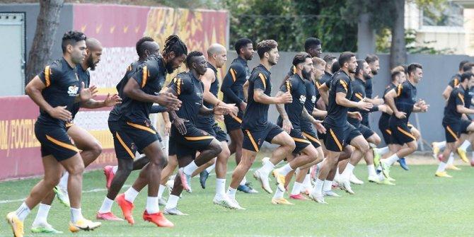 Galatasaray'da Split maçı hazırlıkları sürüyor