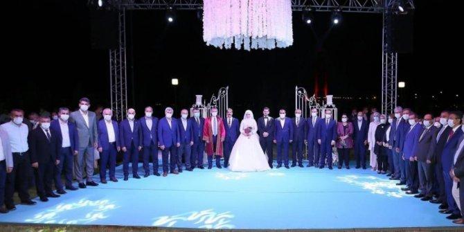 Koronaya rağmen bin 500 kişilik düğün yapan vekilin cezası belli oldu