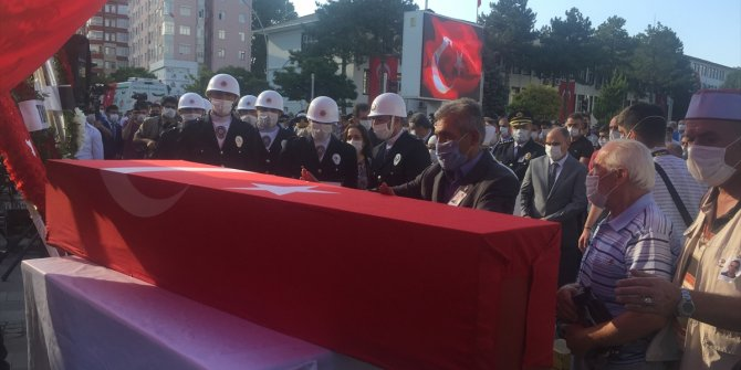 Şehit polisimiz son yolculuğuna uğurlandı