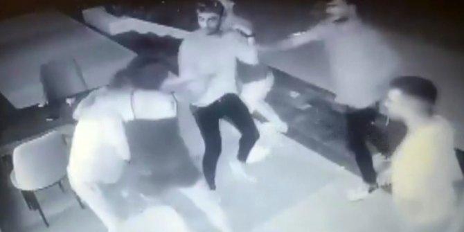 Eşi ve çocuğunun yanında 15 liralık hesap dayağı! Öldüresiye dövdüler!