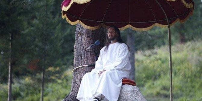 Kendini İsa ilan etmişti! Operasyonla yakalandı