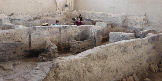 Denizli'de 4 bin yıllık tekstil atölyesi bulundu. Kazıdan çıkanlar hayret ettirdi