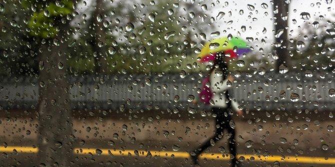 Şemsiyeyi almadan sakın dışarı çıkmayın. Meteoroloji'den uyarı üstüne uyarı