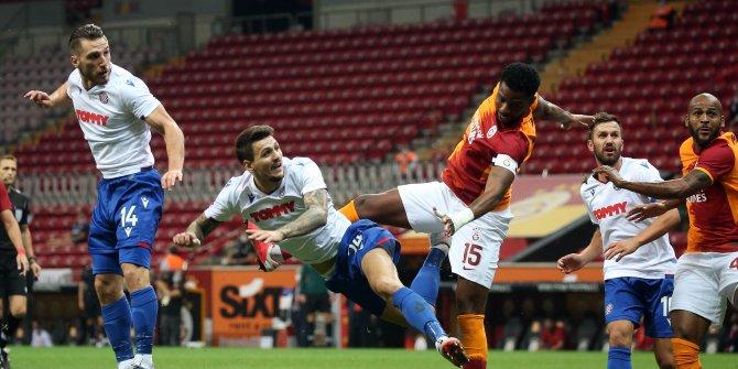 Galatasaray-Hajduk Split'i 2-0 yenerek Play Off turuna yükseldi