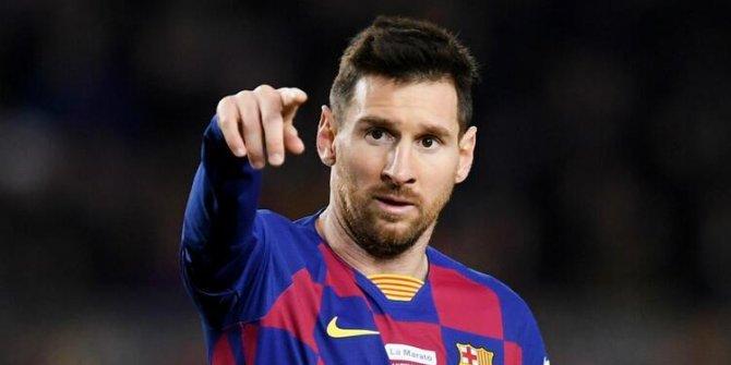 Messi, rahat durmuyor! Bu defa Suarez üzerinden yüklendi