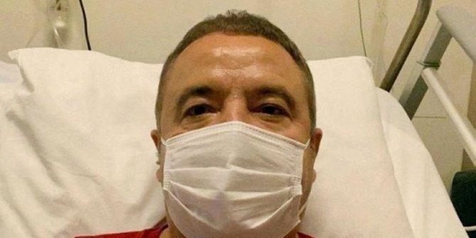 Antalya Büyükşehir Belediye Başkanı Muhittin Böcek'in nefes borusunda delik açıldı