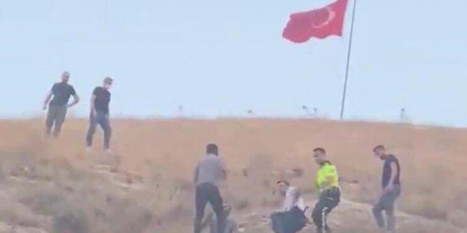 Türk bayrağını indirmeye çalışan hain tutuklandı