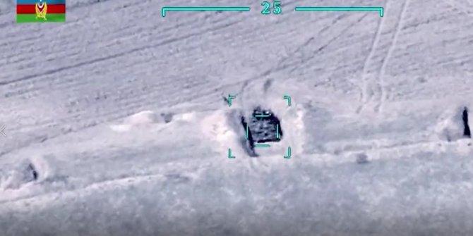 Azerbaycan Ermeni hedeflerini böyle vurdu!  Saldırıya anında karşılık veren Azerbaycan görüntüleri paylaştı