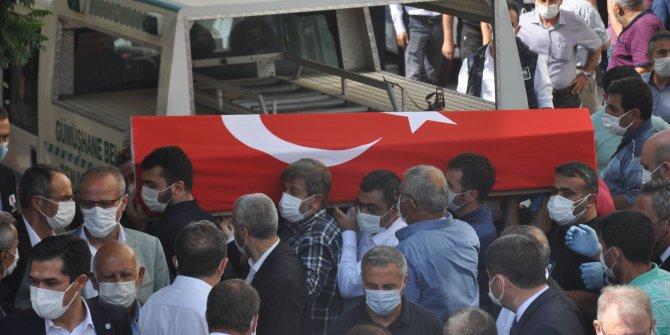 Koronadan ölen İSTAÇ Genel Müdürü Mustafa Canlı toprağa verildi