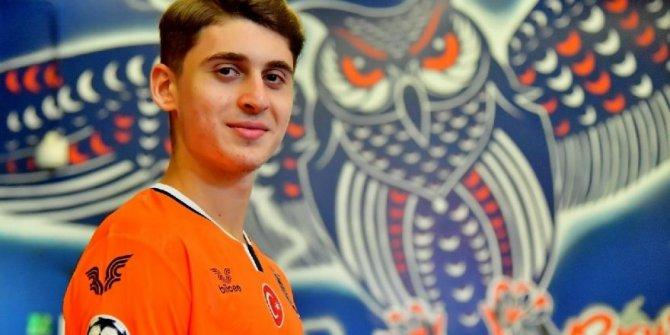 17 yaşındaki Ravil Tagir Başakşehir'de