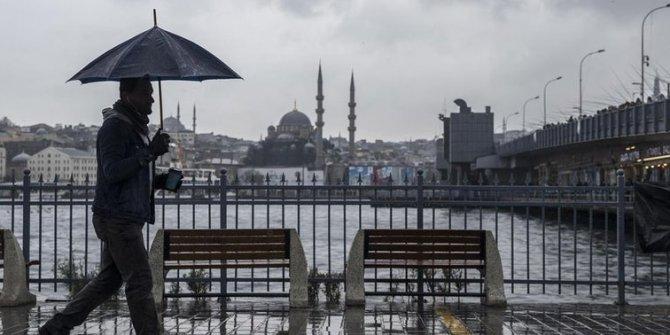 Meteoroloji'den İstanbul'a kırmızı uyarı, mont, şemsiye ne varsa yanınıza alın