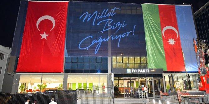 İYİ Parti Genel Merkezi Azerbaycan ve Türk bayraklarıyla donatıldı
