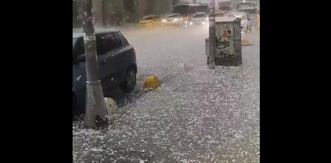 İstanbul'a yağış bağıra bağıra geldi. Meteoroloji ve AFAD defalarca uyardı
