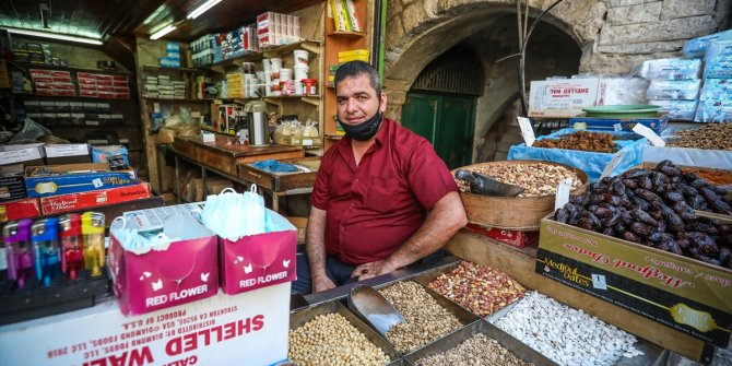 Filistin'in pazarlarında sessizlik hakim