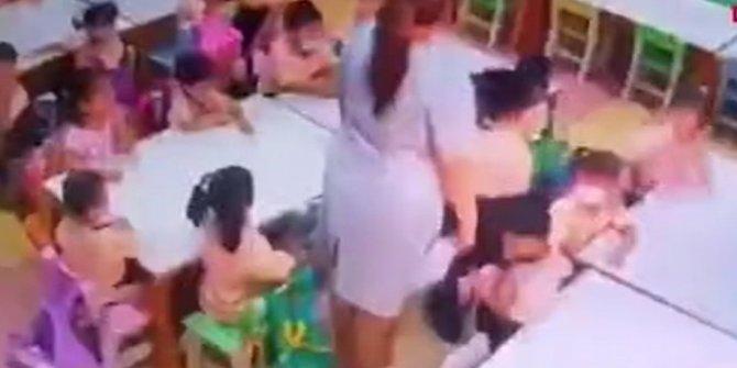 Öğretmen öğrencileri dövdü! Veliler ayaklandı öğretmeni dövdüler